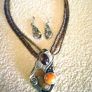 Imitation Amber Beaded Necklace with Earrings Set